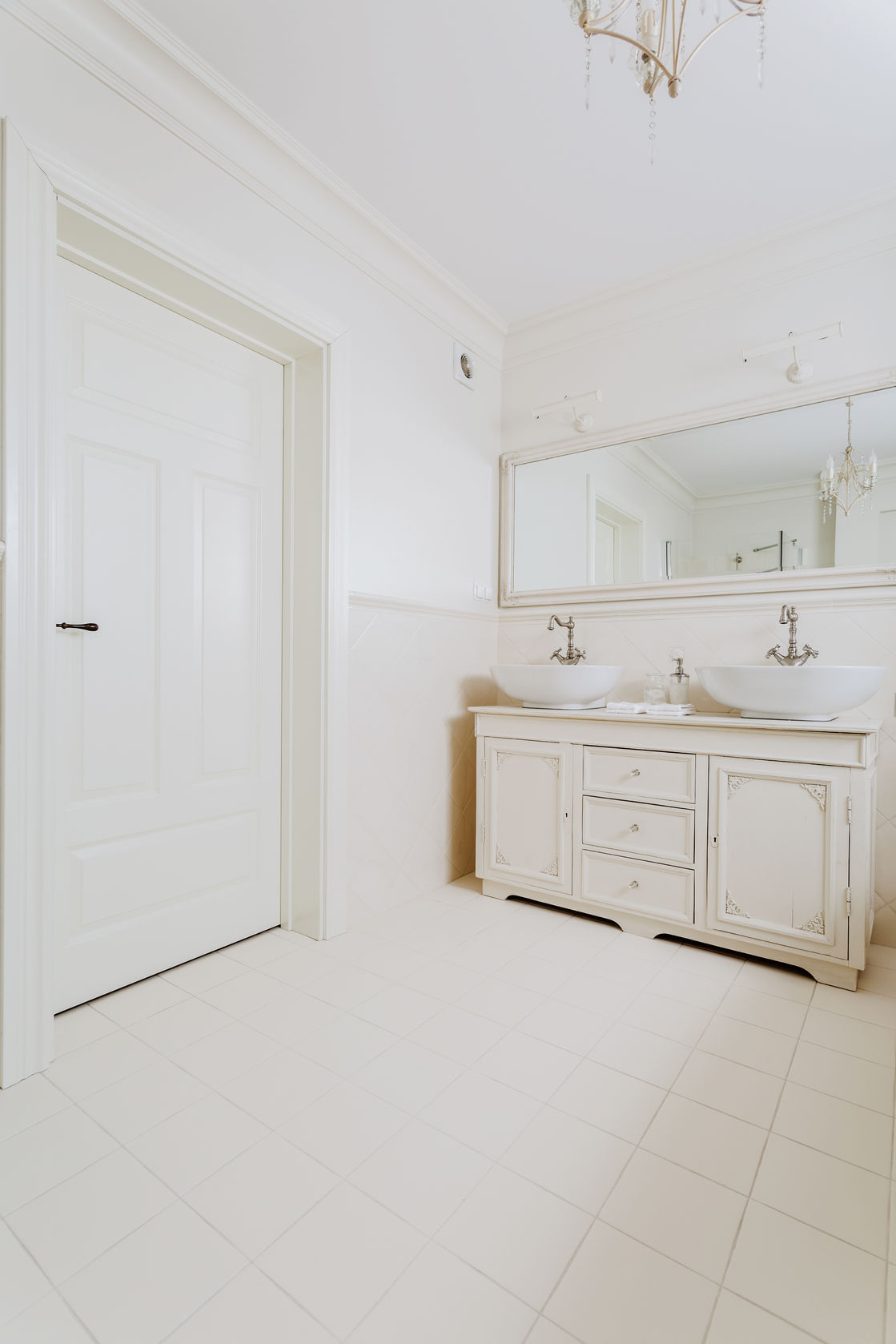Bathrooms - L.A Xtreme Remodeling